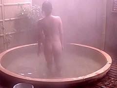girls nude Hannah montana