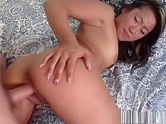Amazing smooth Hawaiian babe gets dirty
