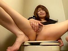 Aya Inazawa enjoys some really hot masturbation