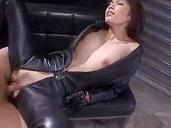 Japanese Leathergloved femdom sex- Riko Tachibana