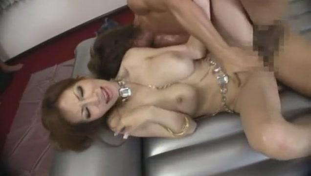 Erika Sato in W Queen